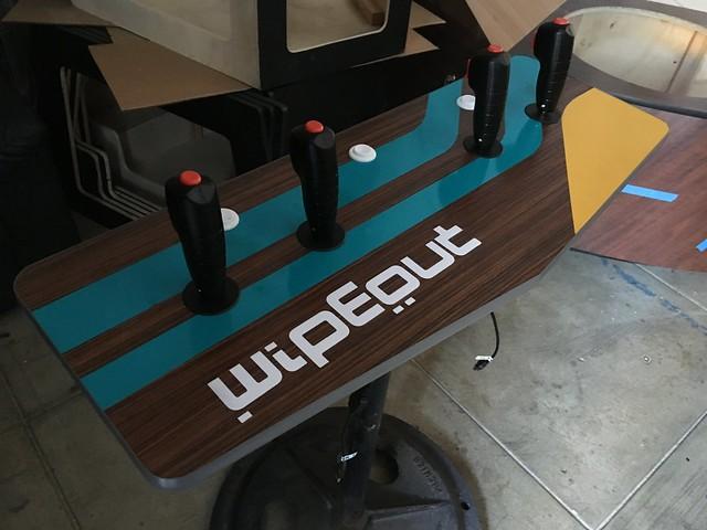 wipeout pedestal arcade console